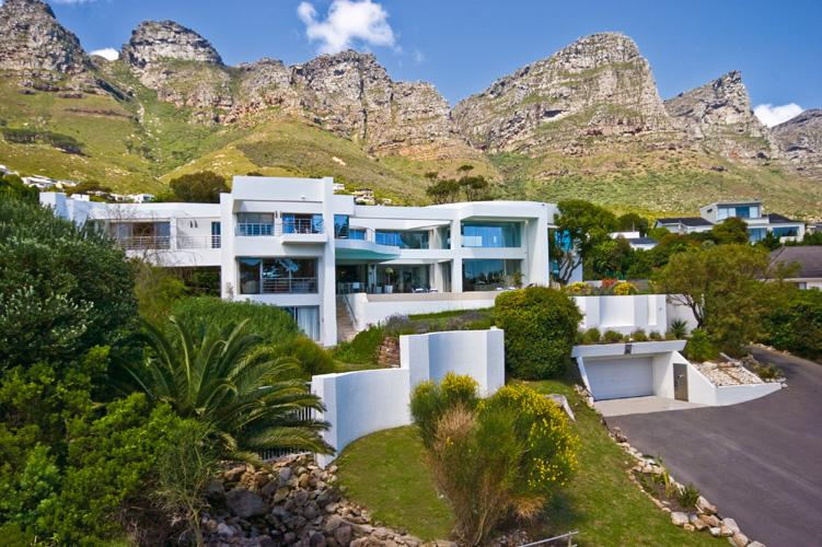 Hollywood Mansion Luxury Accommodation In Camps Bay