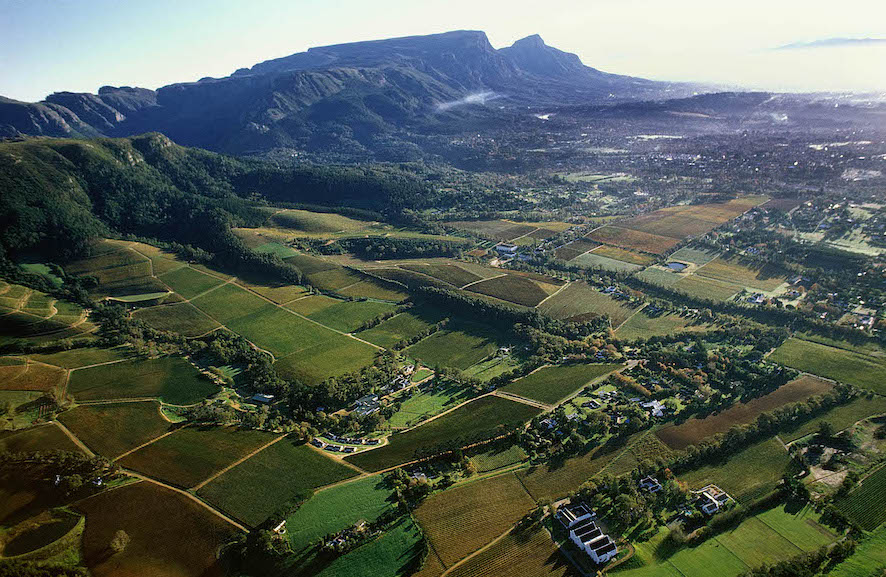 KLEIN CONSTANTIA.WESTERN CAPE . SOUTH AFRICA. aerial view looking north-east towards Cape Town .