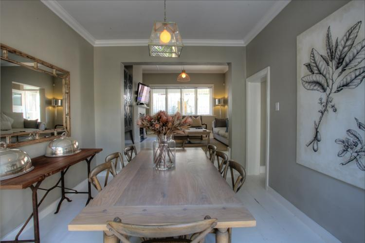 Hunter apartment cape town holiday villas for Apartment hunters