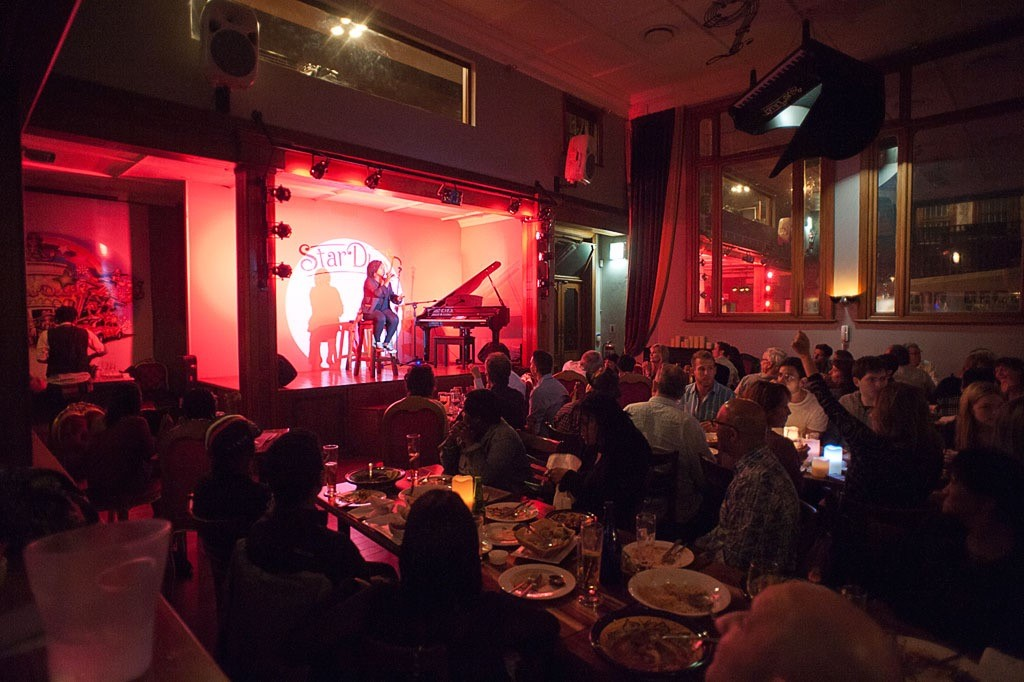 Dinner and Theatre Experiences in Cape Town