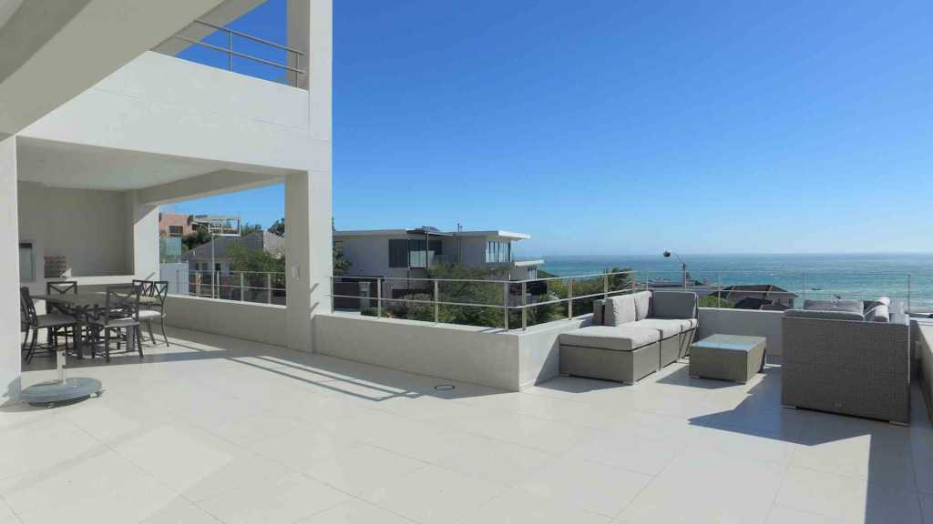 Camps Bay Upper Tree Villa Luxury Camps Bay Accommodation