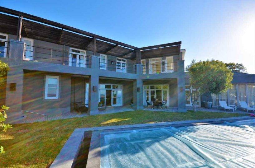 Sandy Bay Villa , Llandudno Holiday Villa